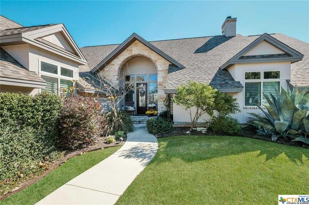 $699,000 - 4Br/4Ba -  for Sale in Mystic Shores 7, Spring Branch