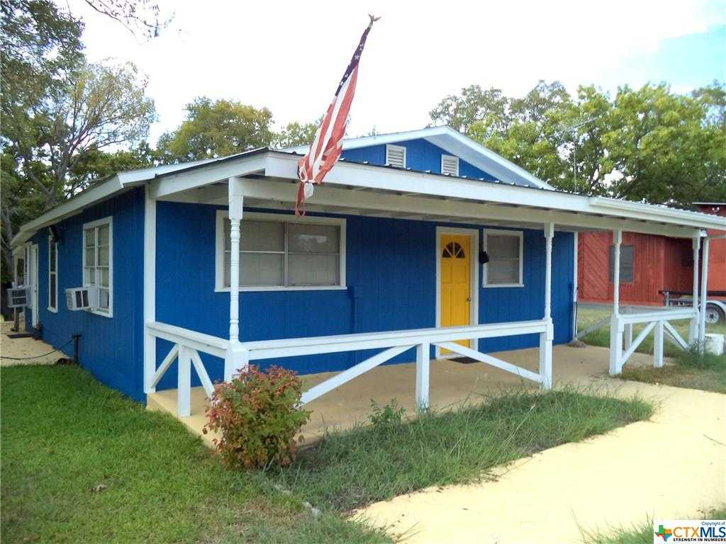 $185,000 - 1Br/1Ba -  for Sale in Lakeshore, Gonzales