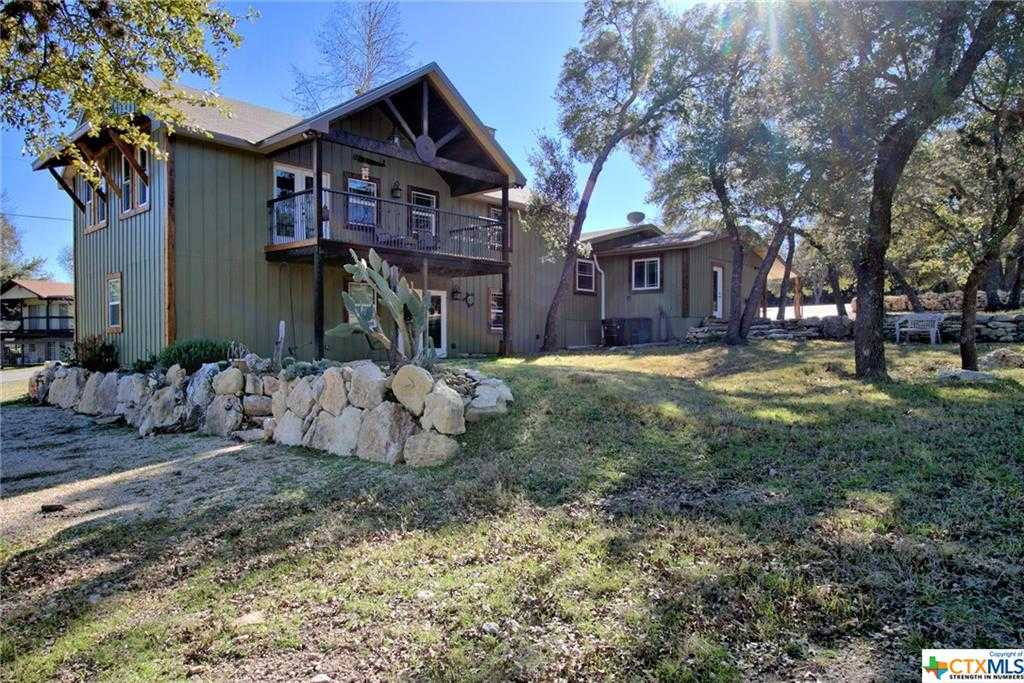 $399,000 - 4Br/3Ba -  for Sale in Westhaven, Canyon Lake