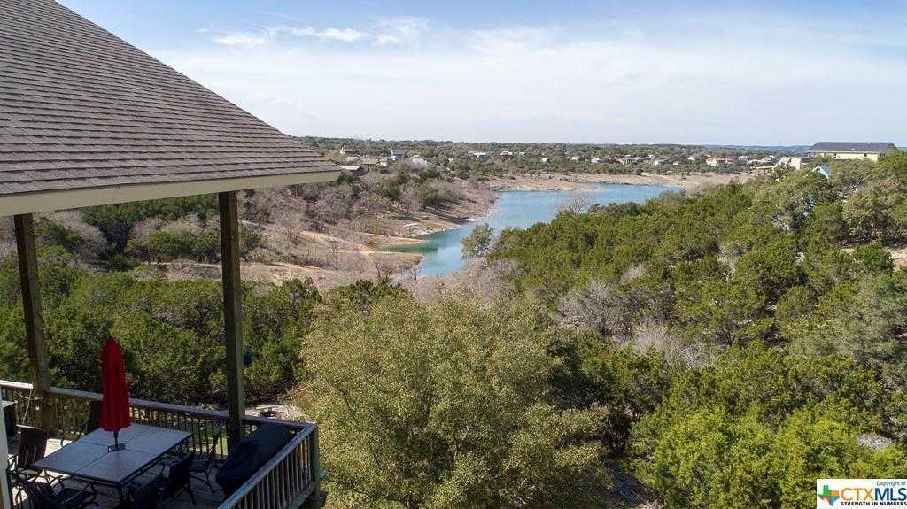 $475,000 - 4Br/3Ba -  for Sale in Canyon Lake Hills 4, Canyon Lake