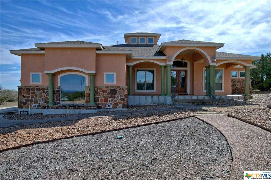 $535,000 - 3Br/4Ba -  for Sale in Mountain Spgs Ranch, Canyon Lake