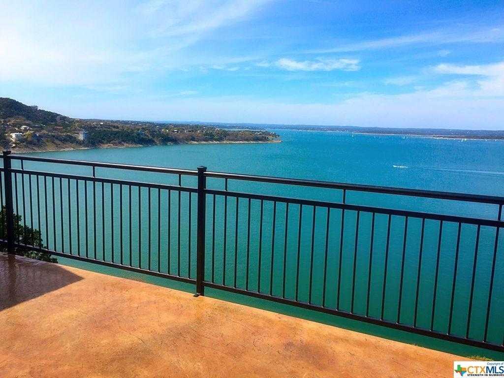 $749,901 - 4Br/3Ba -  for Sale in Lakeview Heights 1, Canyon Lake