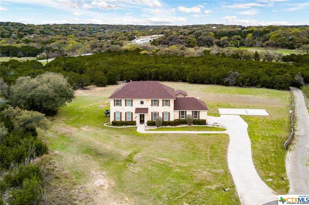 $490,000 - 5Br/4Ba -  for Sale in Ensenada Shores At Canyon Lake, Canyon Lake