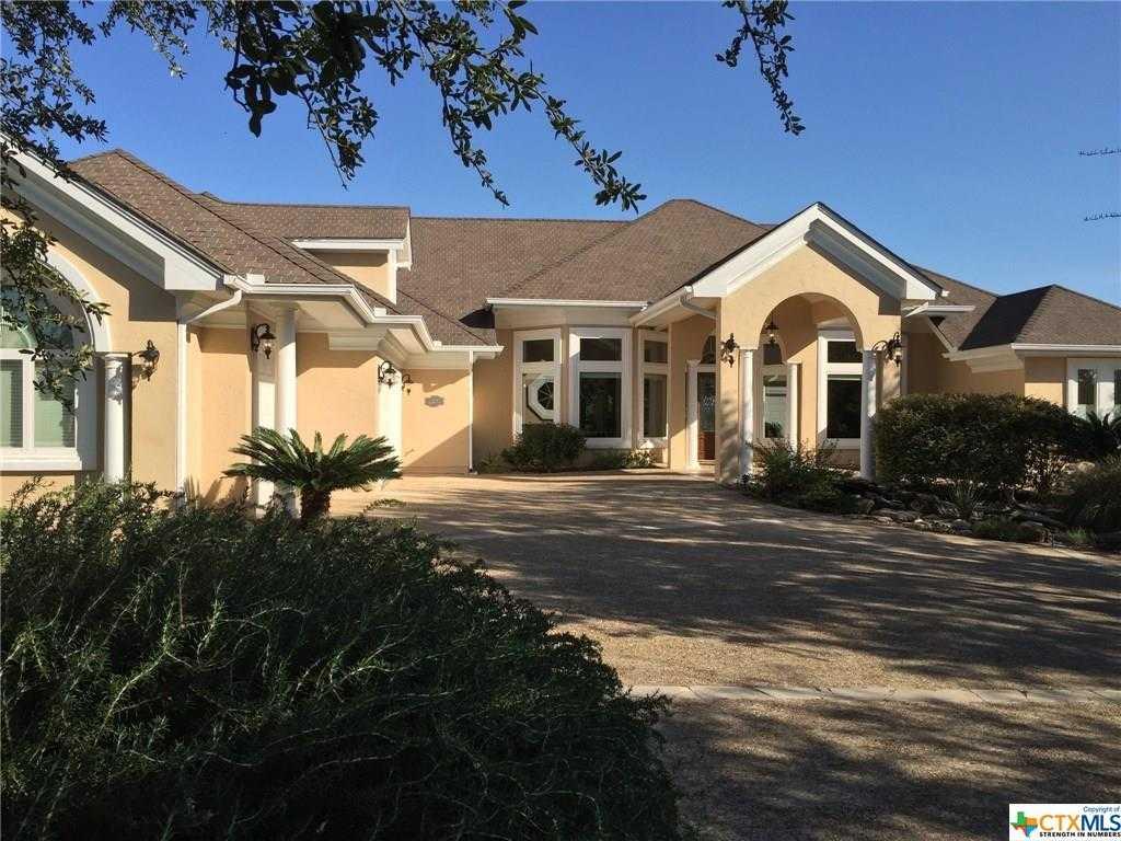 $555,000 - 3Br/4Ba -  for Sale in Ensenada Shores Canyon Lake 1, Canyon Lake