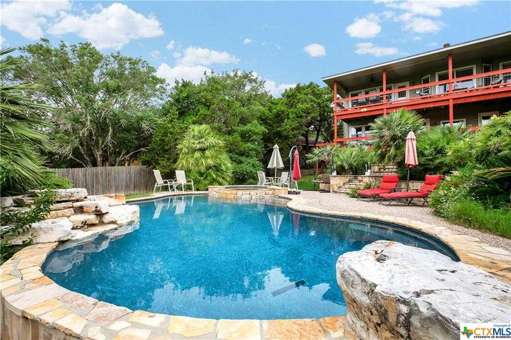 $499,900 - 4Br/3Ba -  for Sale in Canyon Lake Hills 5, Canyon Lake
