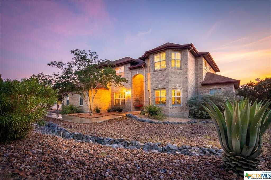 $549,000 - 4Br/3Ba -  for Sale in River Chase, New Braunfels