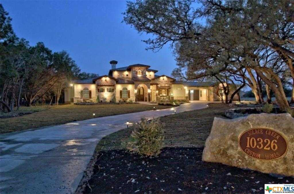 $795,000 - 4Br/4Ba -  for Sale in Rockwall Ranch 4, New Braunfels