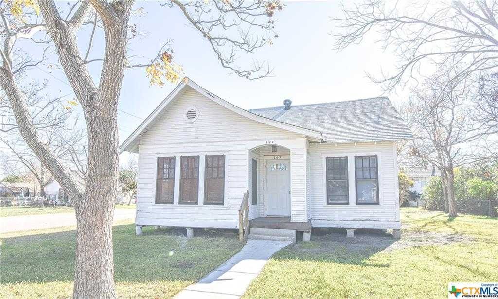 $69,900 - 2Br/1Ba -  for Sale in North Heights, Victoria