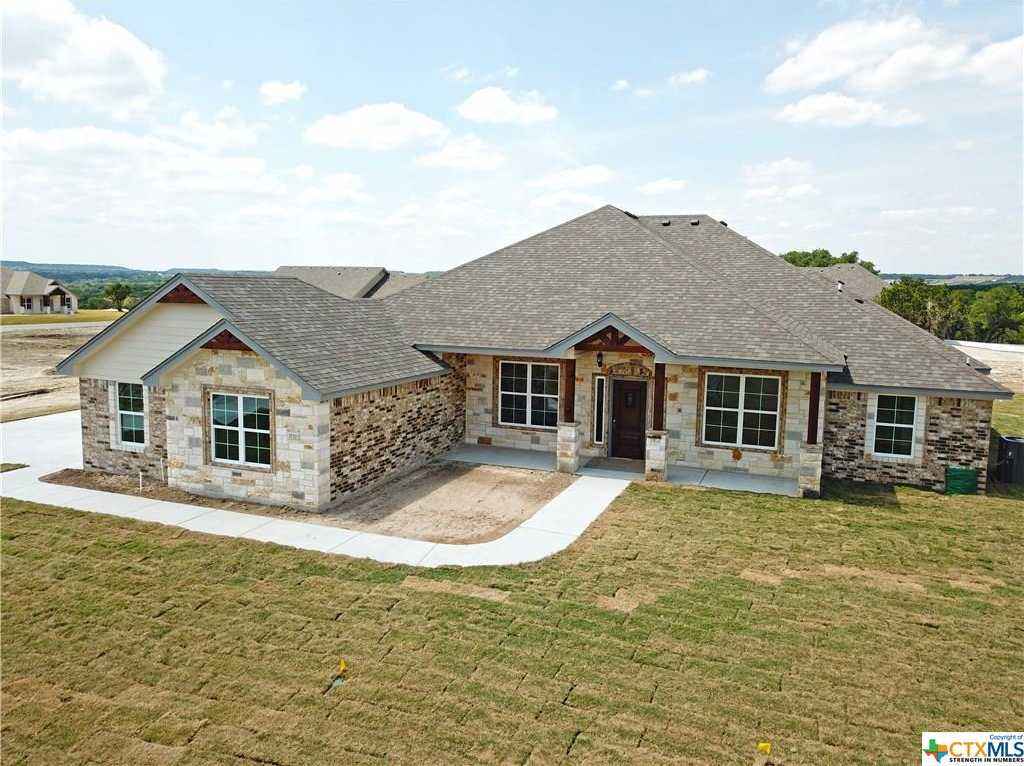 $379,900 - 4Br/3Ba -  for Sale in Persimmon Springs, Copperas Cove