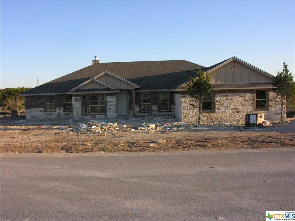 $354,900 - 4Br/3Ba -  for Sale in Persimmon Springs, Copperas Cove