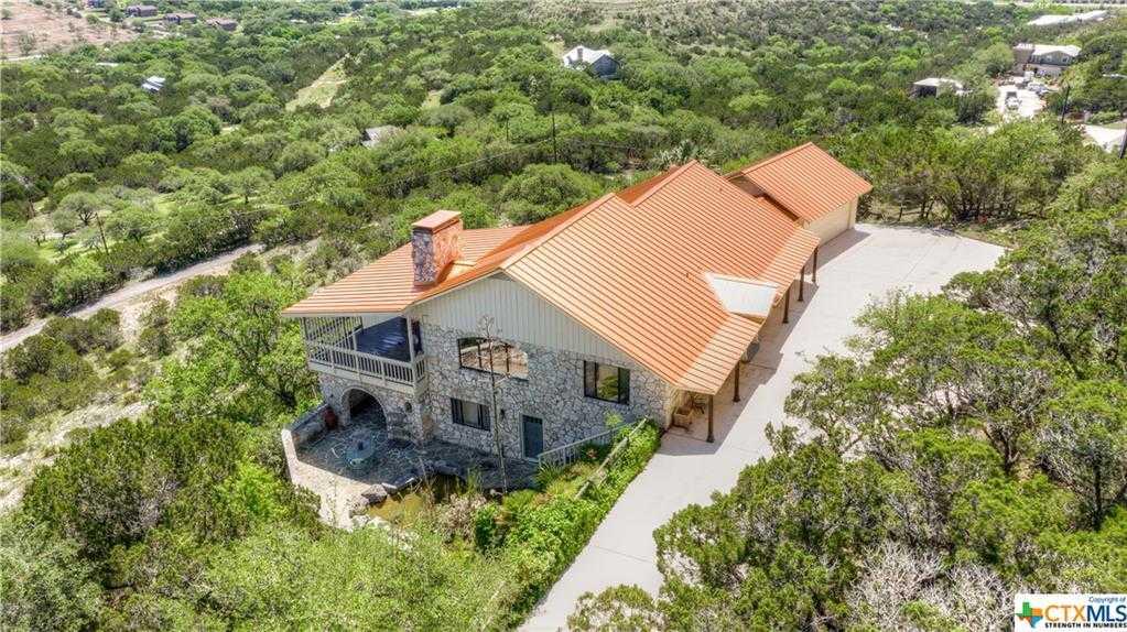 $725,900 - 5Br/3Ba -  for Sale in Village Oaks, Canyon Lake
