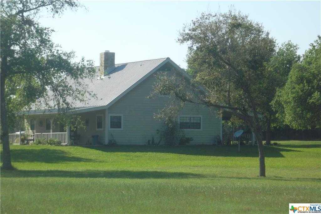 $415,000 - 4Br/3Ba -  for Sale in Goliad, Goliad