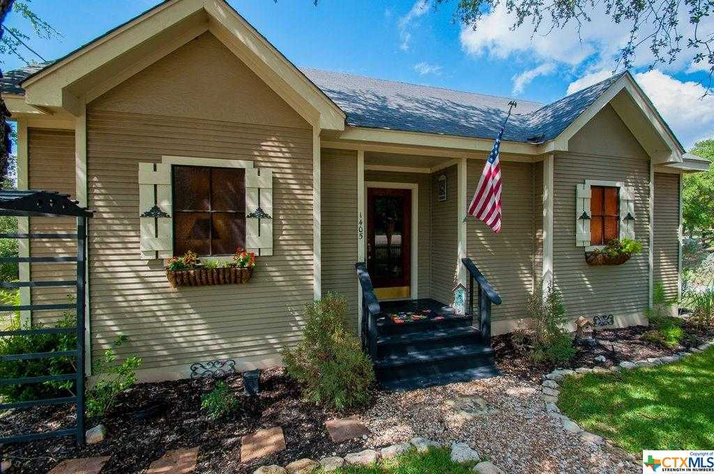 $765,000 - 6Br/6Ba -  for Sale in Canyon Lake Acres 2, Canyon Lake