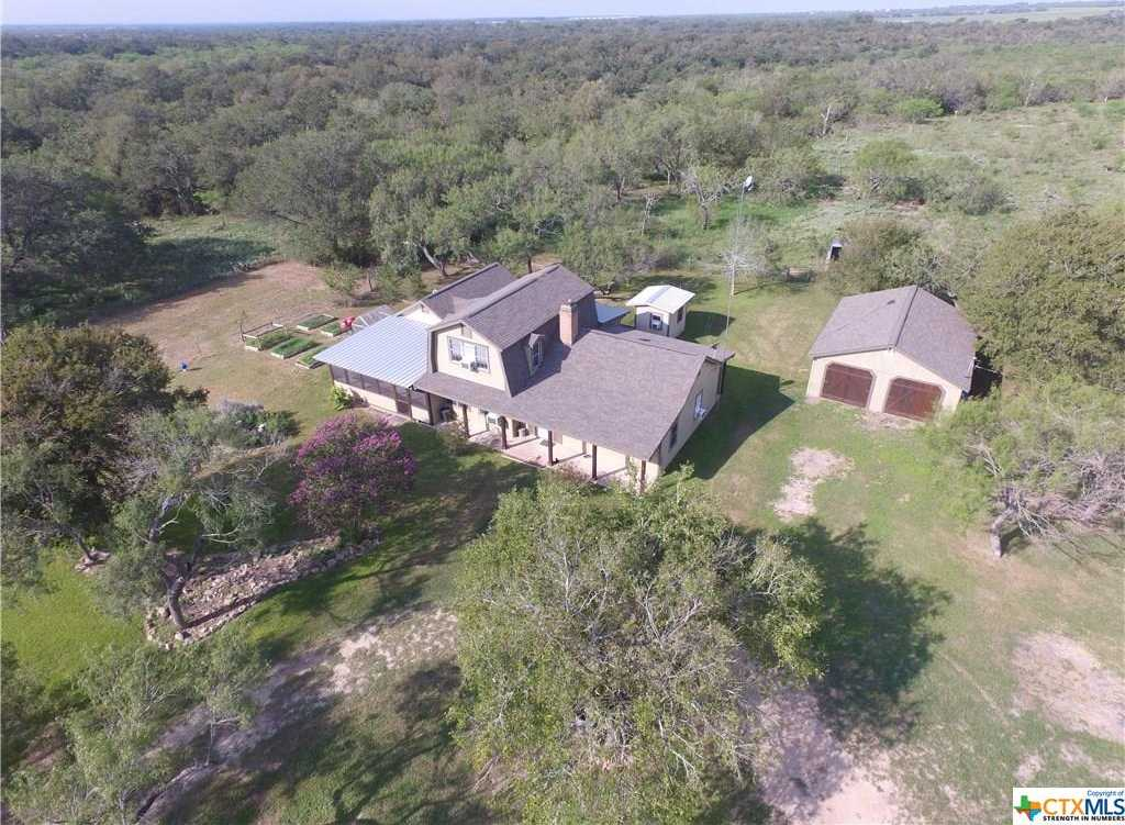 $299,000 - 2Br/3Ba -  for Sale in Gonzales