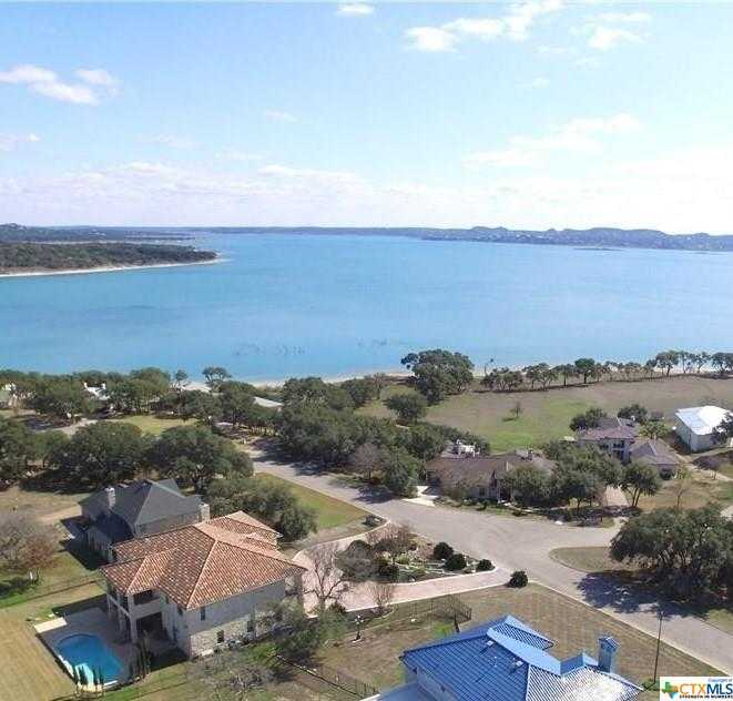 $1,399,000 - 4Br/4Ba -  for Sale in Kings Point, Canyon Lake
