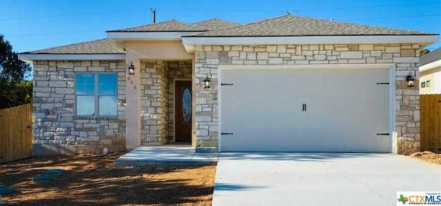$330,000 - 3Br/2Ba -  for Sale in Canyon Lake Hills 1, Canyon Lake