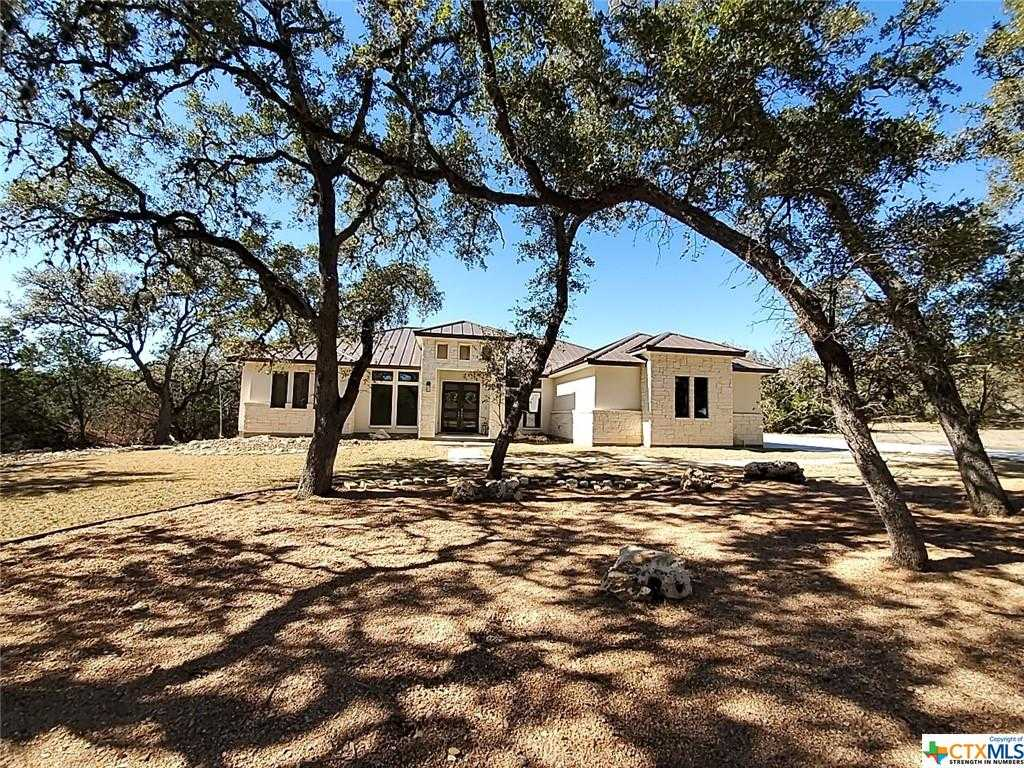$669,900 - 4Br/3Ba -  for Sale in Enclave Canyon Lake The 2, Canyon Lake