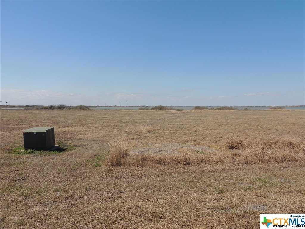 $98,000 - Br/Ba -  for Sale in Bay Point Sub, Port Lavaca