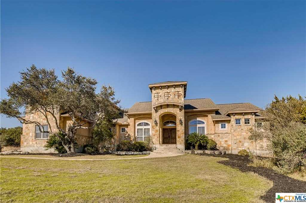 $728,900 - 3Br/3Ba -  for Sale in Mountain Springs Ranch, Canyon Lake