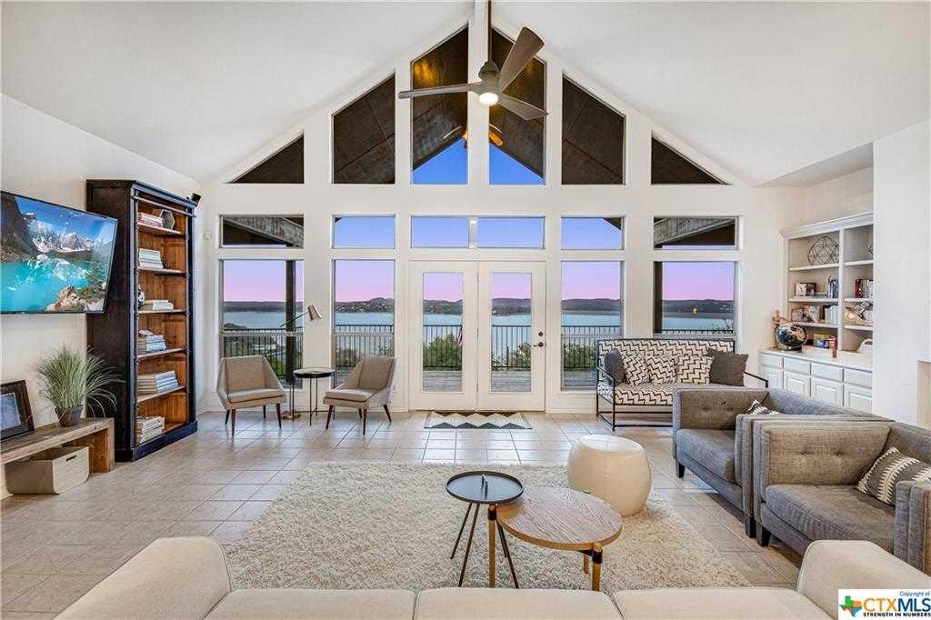 $1,100,000 - 4Br/5Ba -  for Sale in Triple Peak Ranch Estates 3, Canyon Lake