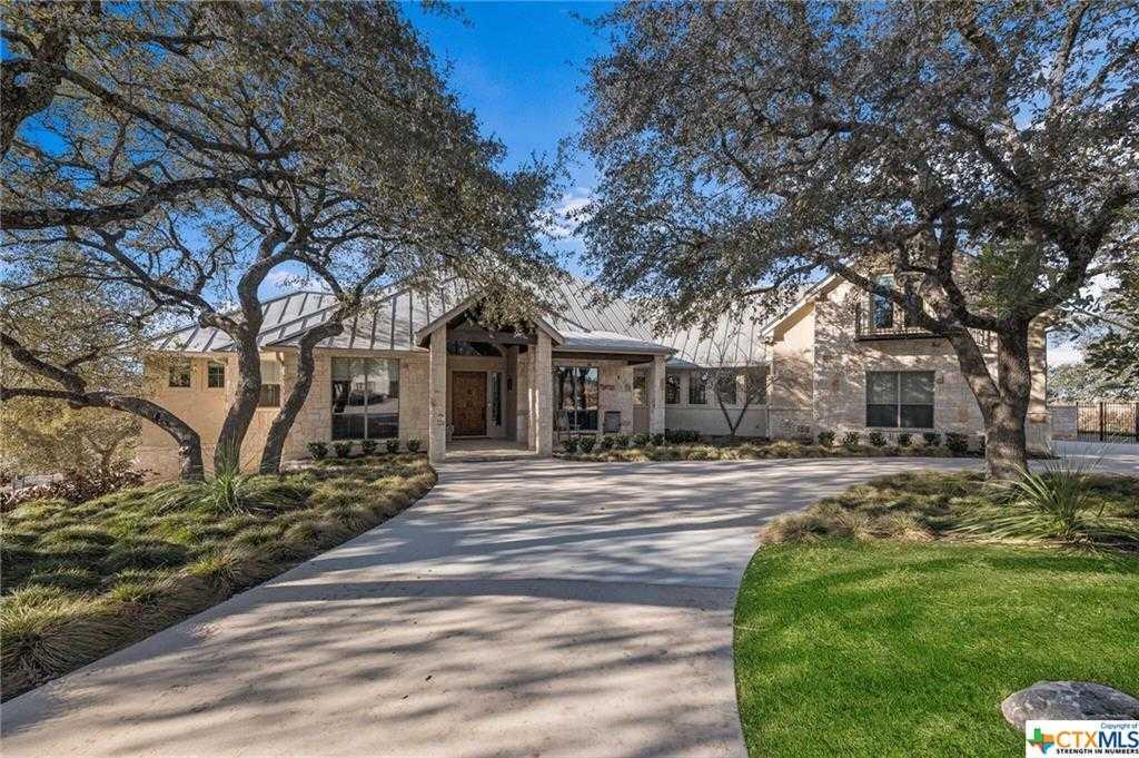 $2,500,000 - 4Br/7Ba -  for Sale in Oak Shores Estates, Canyon Lake
