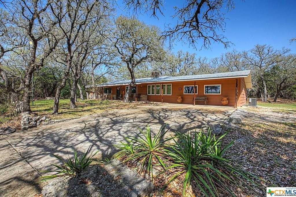$595,000 - 2Br/2Ba -  for Sale in Canyon Creek Estates 1, Canyon Lake