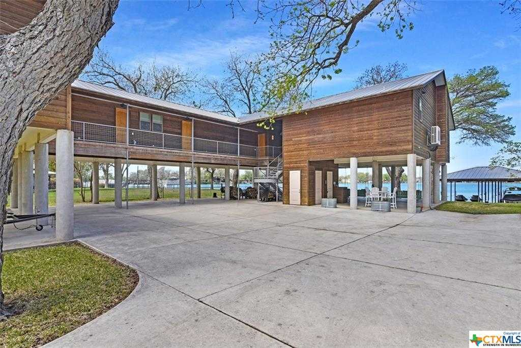 $1,850,000 - 4Br/5Ba -  for Sale in Isle Of View, Mcqueeney
