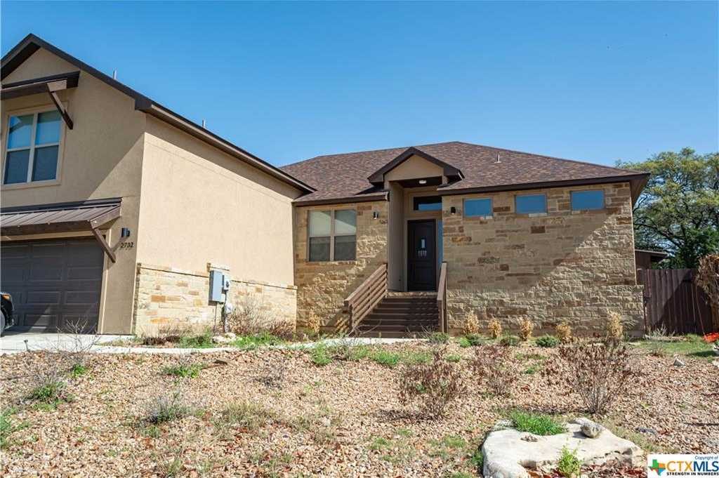 $3,000 - 3Br/3Ba -  for Sale in Champions Village 5, New Braunfels