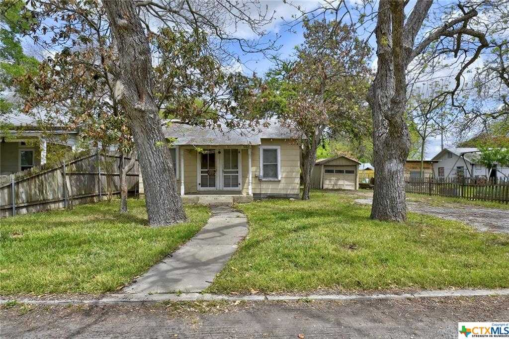 $300,000 - 1Br/1Ba -  for Sale in Ii, New Braunfels