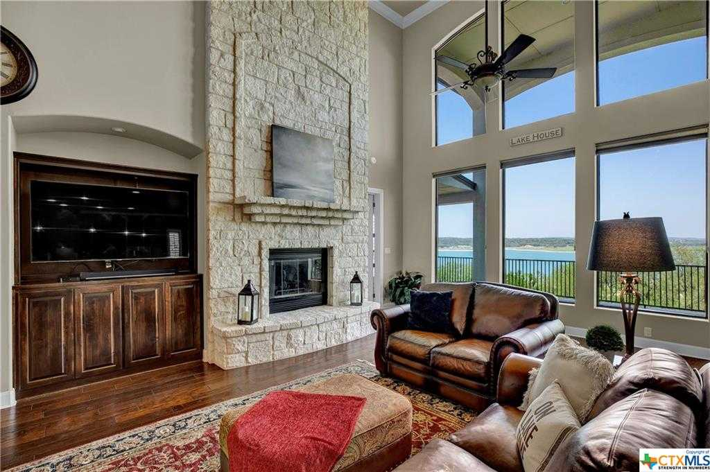 $1,570,000 - 5Br/5Ba -  for Sale in Astro Hills, Canyon Lake