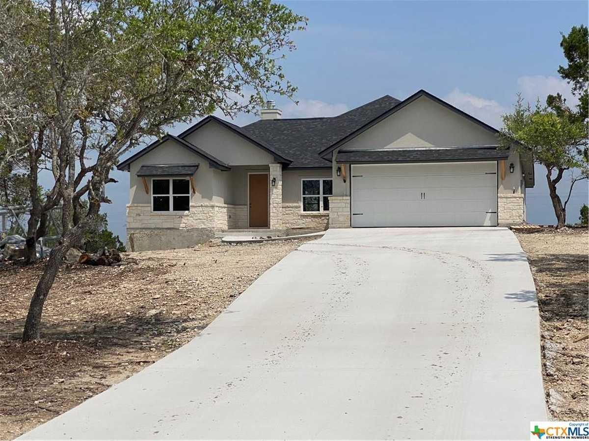 $499,900 - 3Br/2Ba -  for Sale in Summit North Ph 1, Canyon Lake