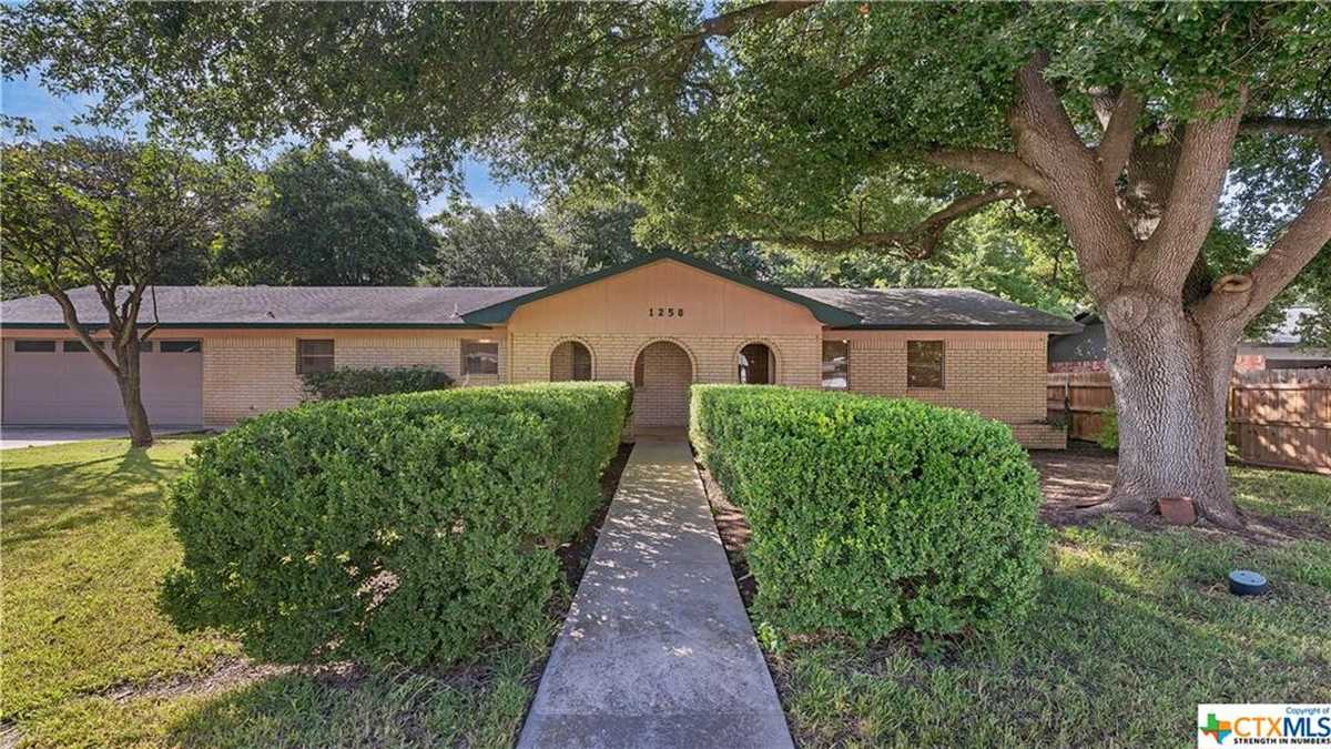 $415,000 - 3Br/2Ba -  for Sale in Rivercrest Heights 5d, New Braunfels