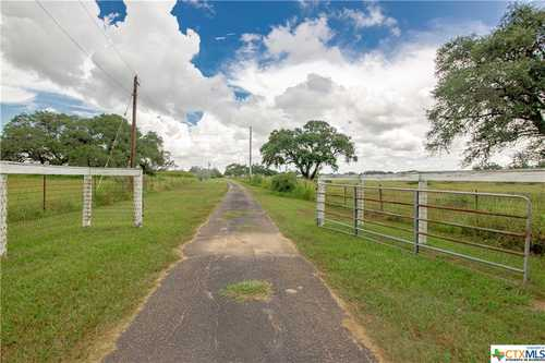 $249,900 - 4Br/2Ba -  for Sale in Goliad