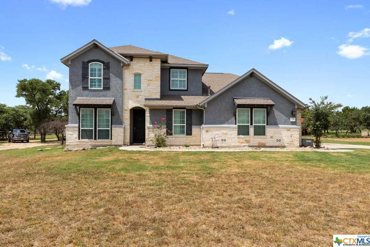 $689,000 - 5Br/4Ba -  for Sale in River Chase, New Braunfels