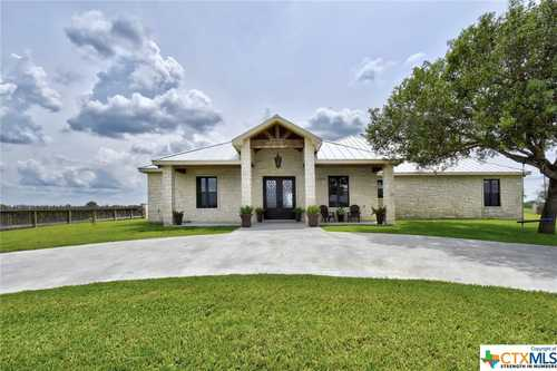 $2,454,541 - 5Br/4Ba -  for Sale in Goliad