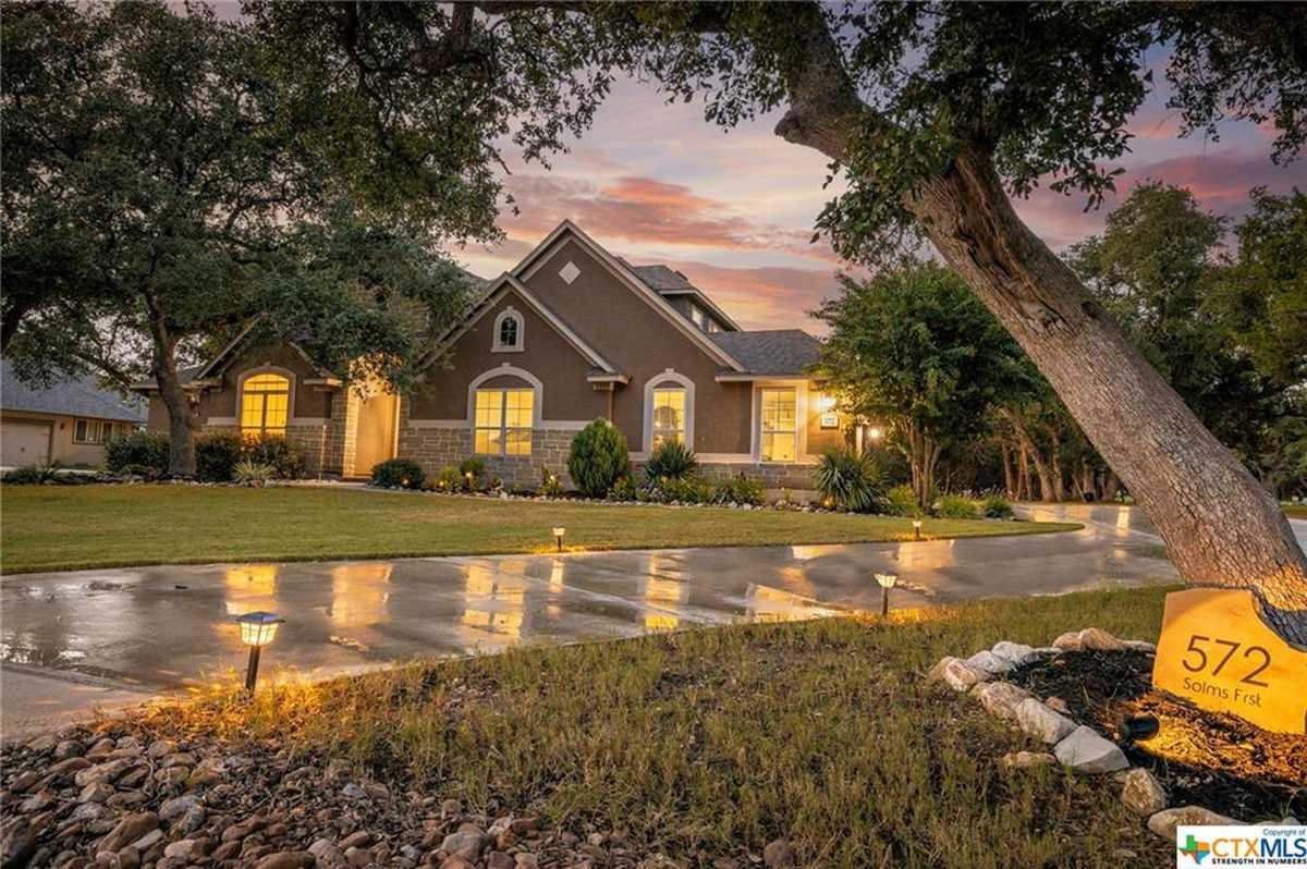 $825,000 - 4Br/4Ba -  for Sale in Copper Ridge, New Braunfels