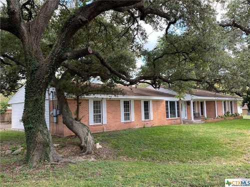 $249,900 - 3Br/2Ba -  for Sale in Northwest Goliad City, Goliad