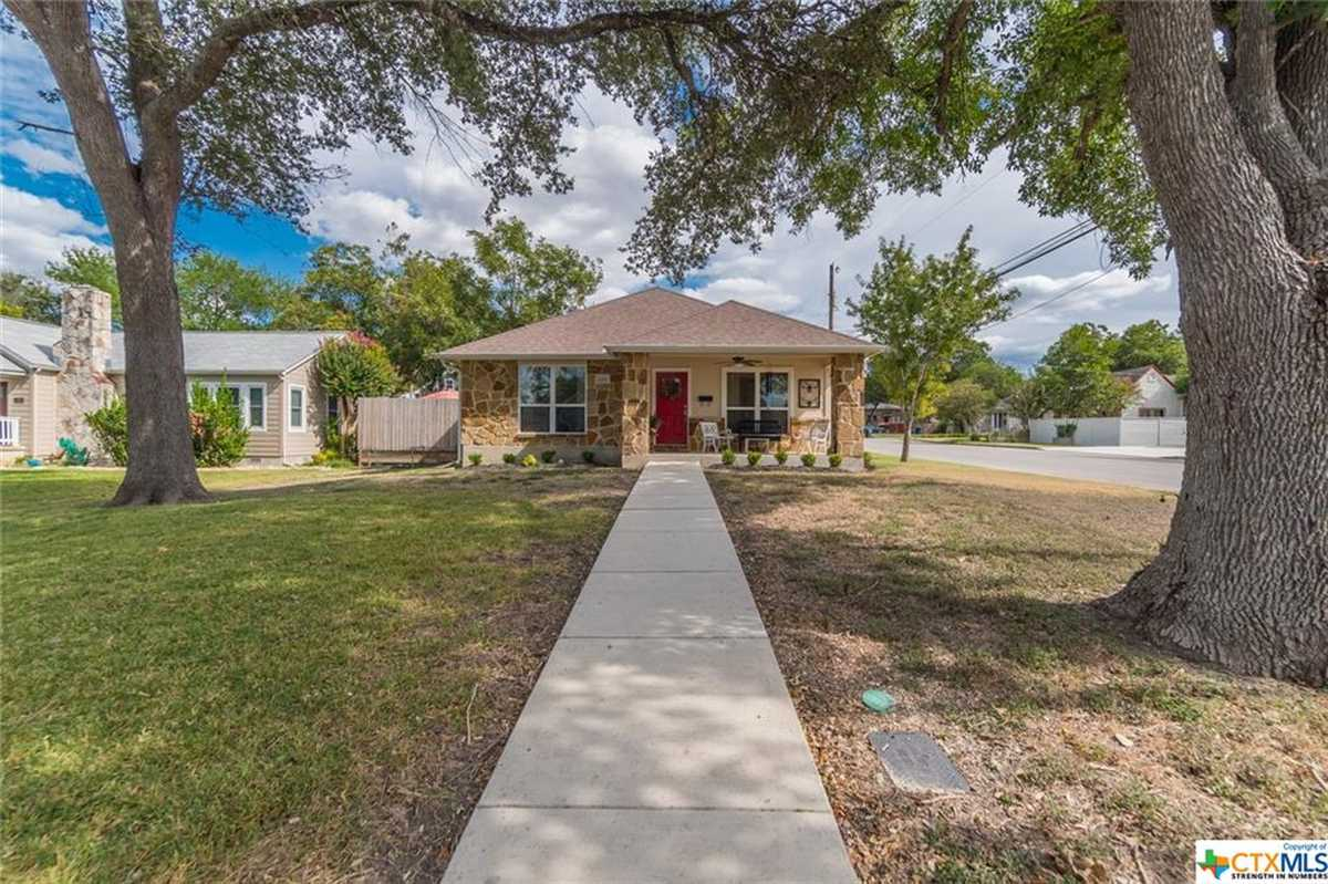 $399,500 - 2Br/2Ba -  for Sale in Hill Crest Add Ncb 4032, New Braunfels