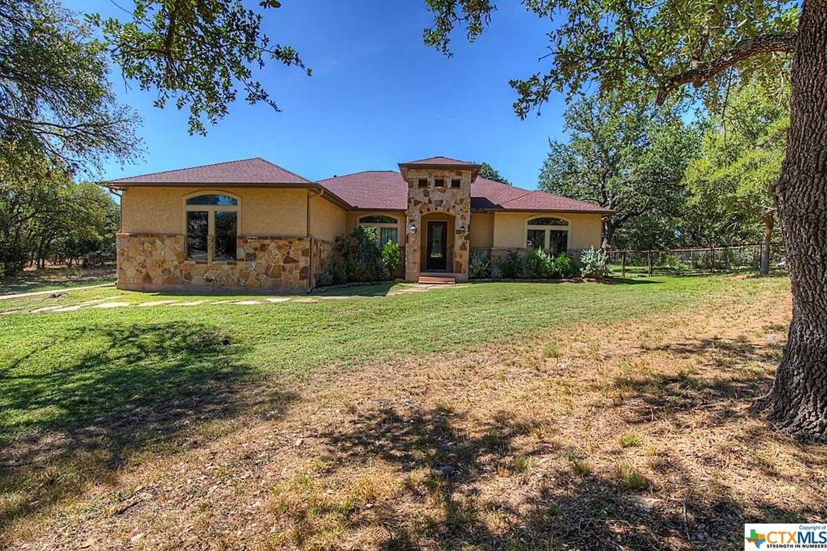 $615,000 - 3Br/3Ba -  for Sale in River Chase 9, New Braunfels