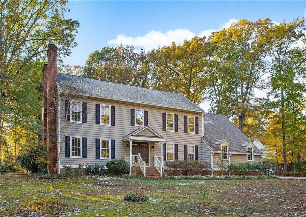 $499,000 - 5Br/5Ba -  for Sale in James River West, Chesterfield