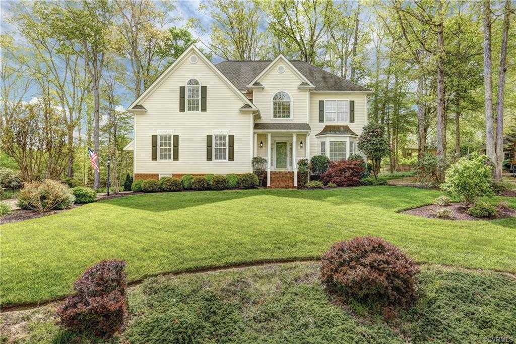 $469,000 - 4Br/3Ba -  for Sale in Country Club Hills, Ashland