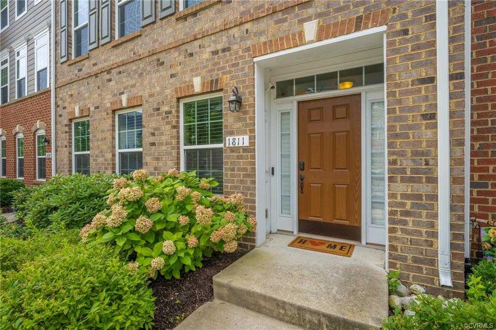 $479,950 - 3Br/4Ba -  for Sale in West Broad Village, Glen Allen