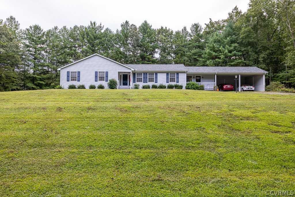 $379,000 - 3Br/2Ba -  for Sale in None, Farmville