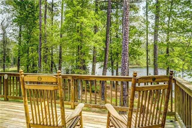 $535,000 - 6Br/4Ba -  for Sale in Lakeview Estates, Hanover