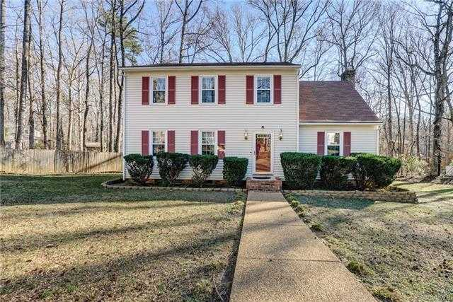 $249,900 - 4Br/3Ba -  for Sale in Old Buckingham Forest, Chesterfield