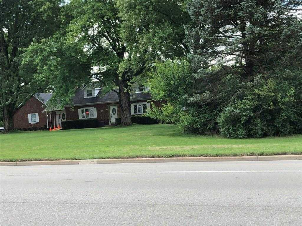 $750,000 - 4Br/7Ba -  for Sale in Springboro