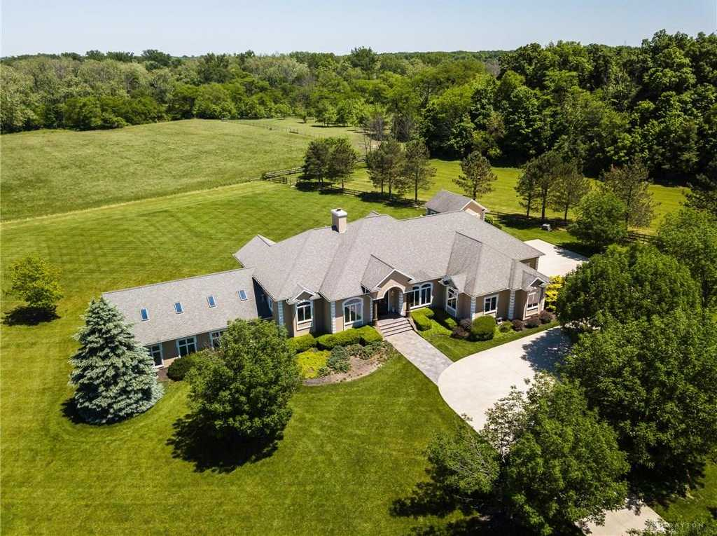 $725,000 - 5Br/4Ba -  for Sale in Greenville