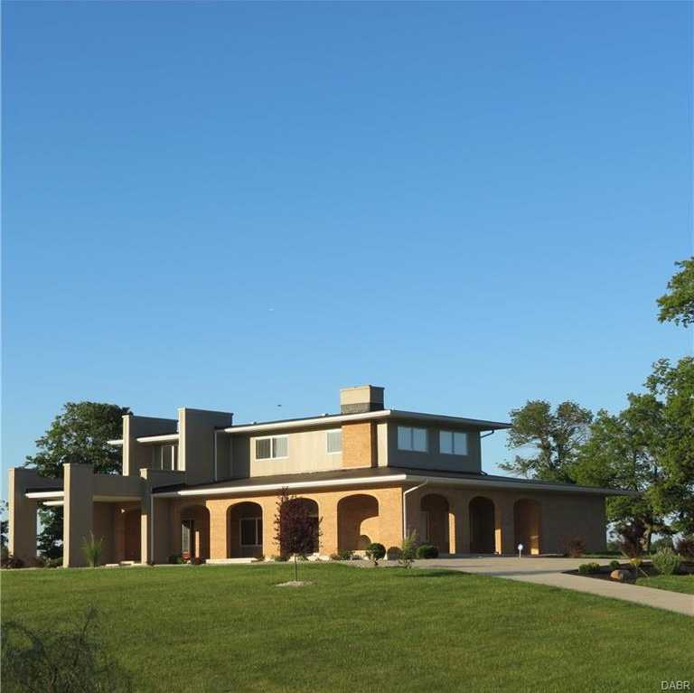 $1,400,000 - 5Br/4Ba -  for Sale in Sidney