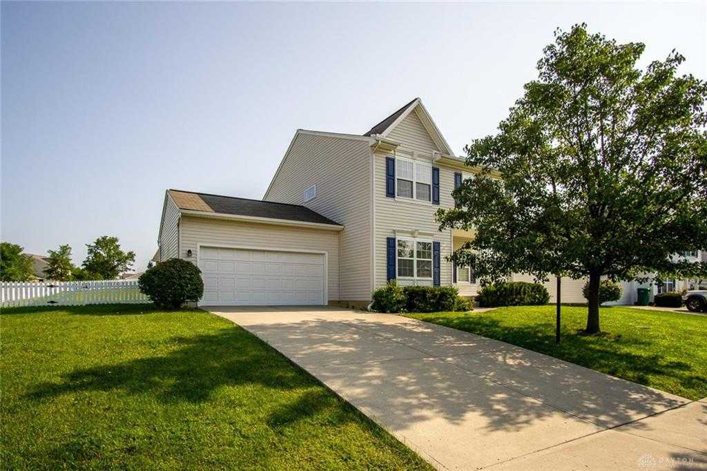 $214,900   4Br/3Ba   For Sale In Hickory Rdg Sec 02, Beavercreek