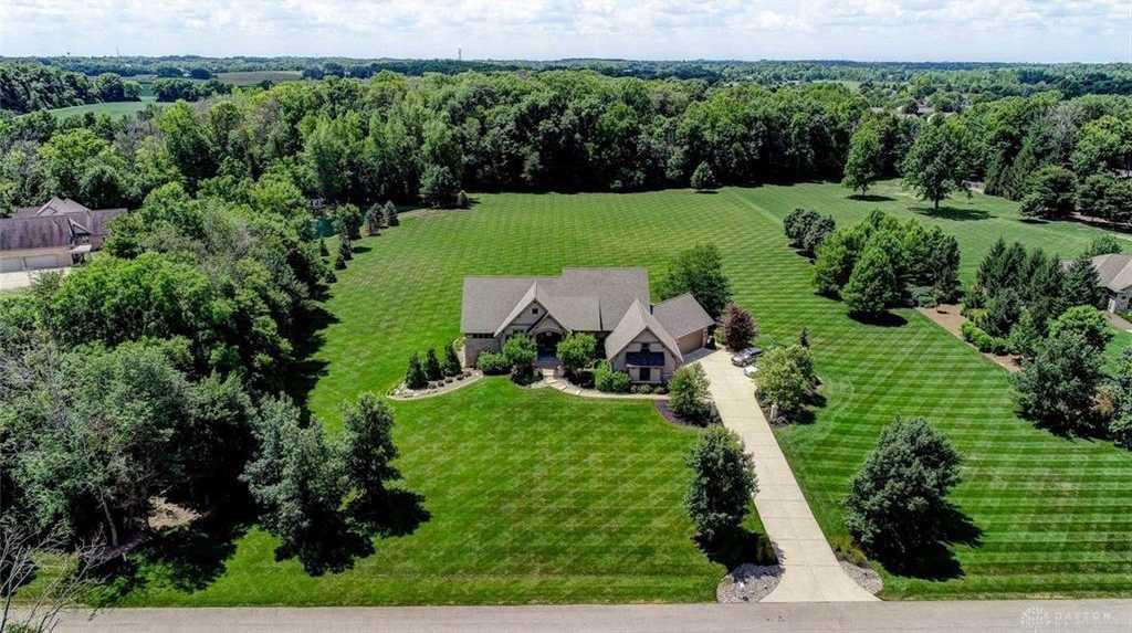 $1,150,000 - 5Br/6Ba -  for Sale in Willow Creek Farm Sec 2, Bellbrook